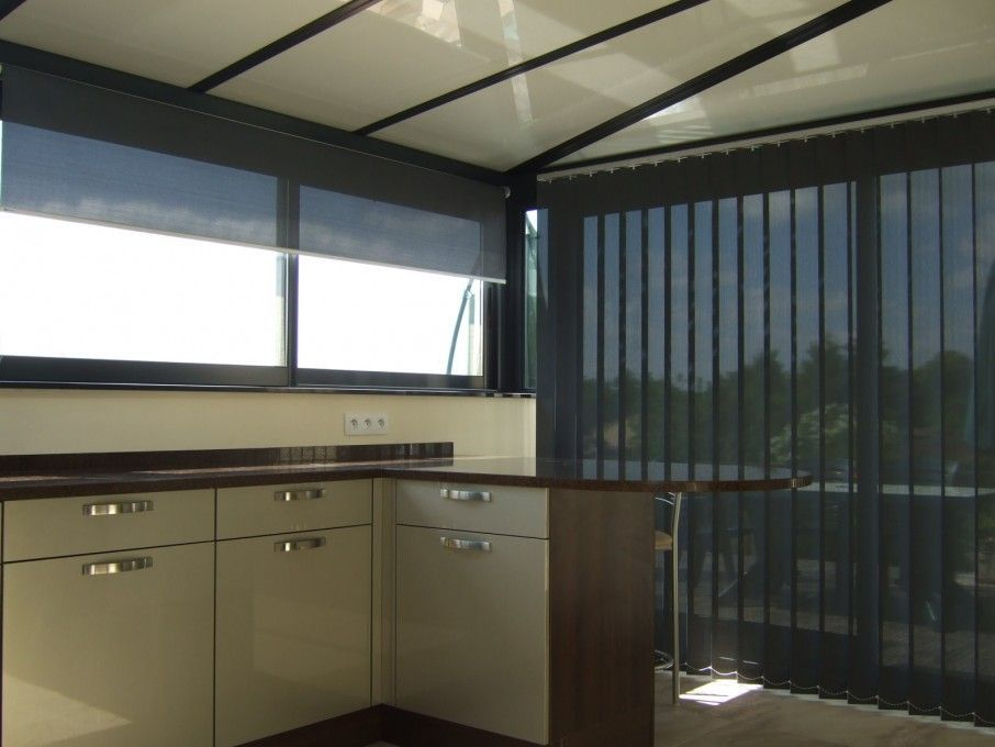 CALIFORNIEN® vertical strip blind
